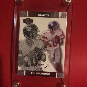 Eli Manning  2007 topps signature card